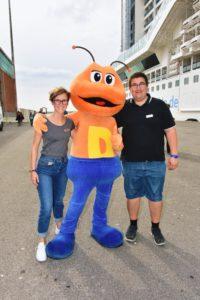 Stella & Ich mit DODO an der Gangway von Livorno