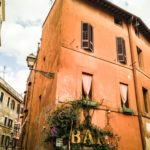 Eine Bar im Herzen von Rom