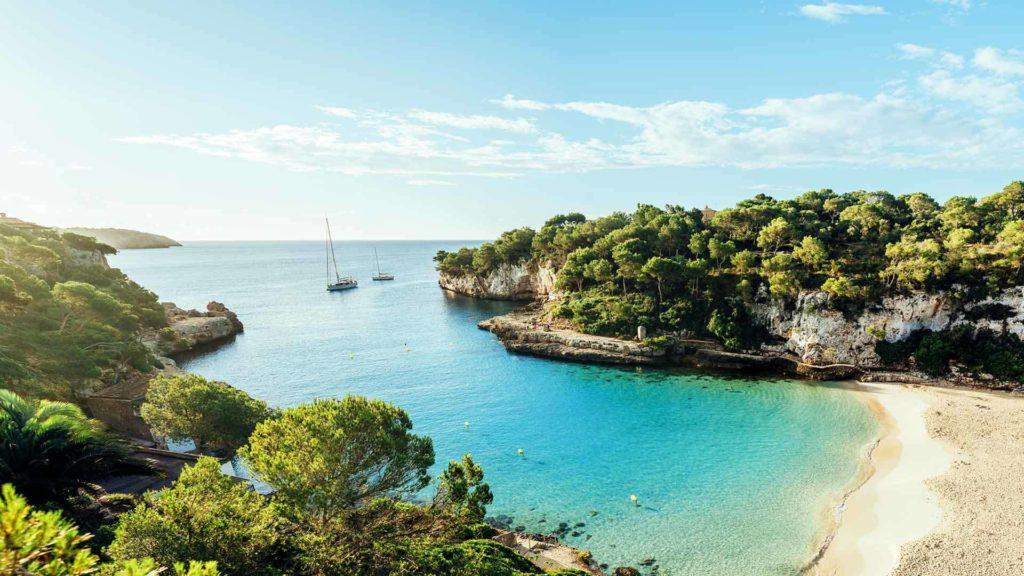 Mediterrane Schätze im Mittelmeer mit AIDAnova